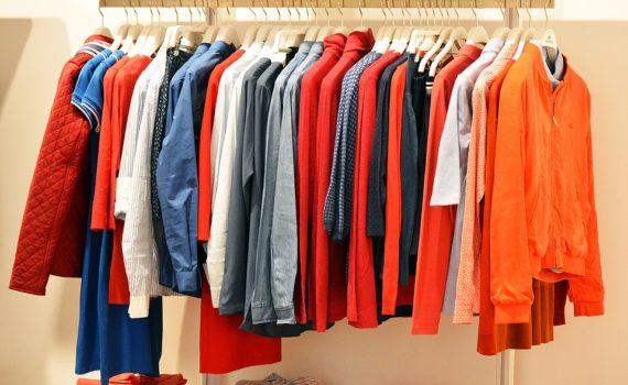 come arredare negozio di abbigliamento